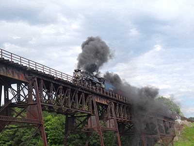 TrainOnTrestle